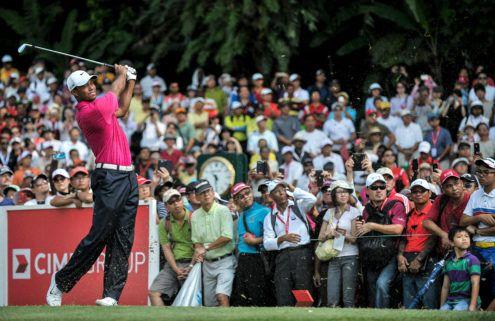 Tiger Woods playing a tounament